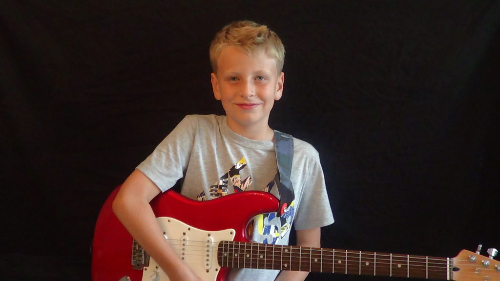 Kids guitar lessons in Devon, Exmouth